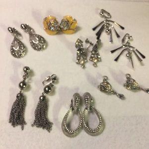 🌹3/$15 LOT of (7) pair of clip earrings